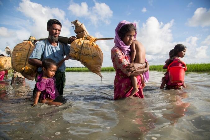 Rohingya efugees
